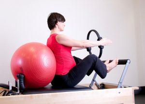 gravida fazendo pilates